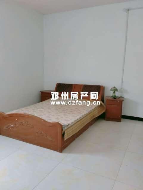 出租地灵小区2室2厅1卫118平米600元/月住宅