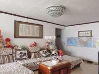 出售锦绣花园3室2厅2卫123平米68万住宅